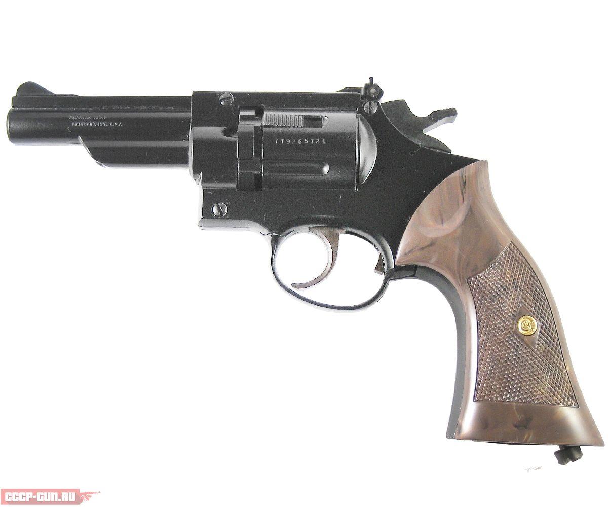 Пневматический револьвер Crosman Model 38C